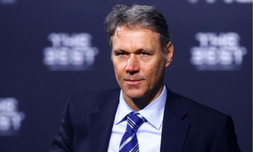 FIFA: Marco van Basten abandona cargo de diretor técnico