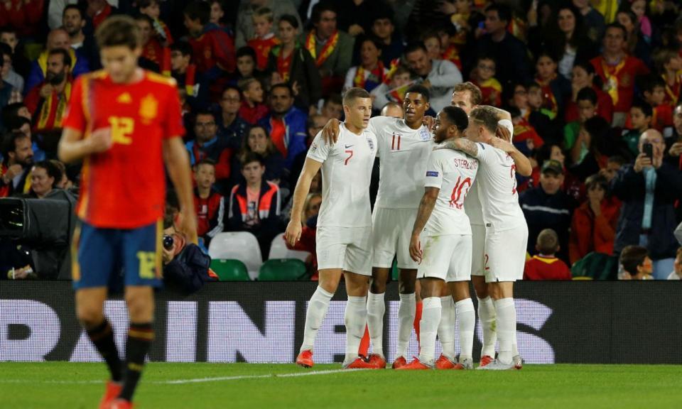Inglaterra impõe primeira derrota da Espanha em mais de dois anos ... 7f639ee65a2f8