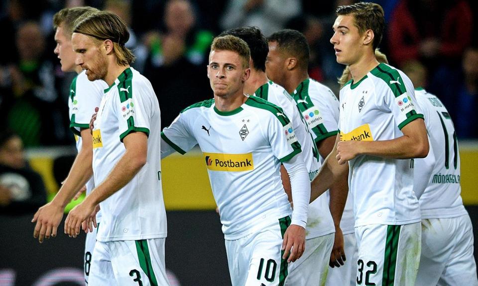 Alemanha: bis de Hazard leva Monchengladbach ao segundo lugar