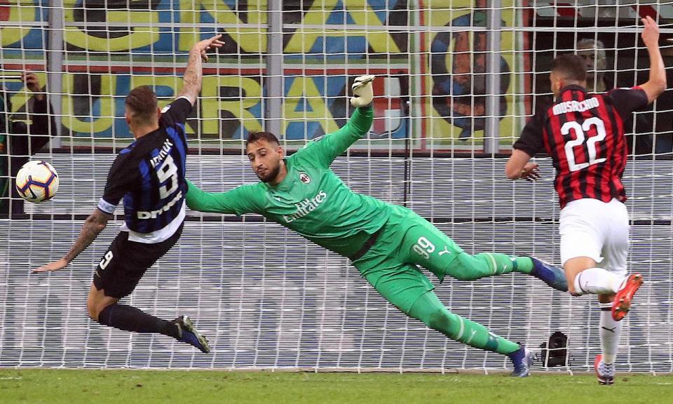 Milan: Kessié «mete» Musacchio de baixa até ao final do ano