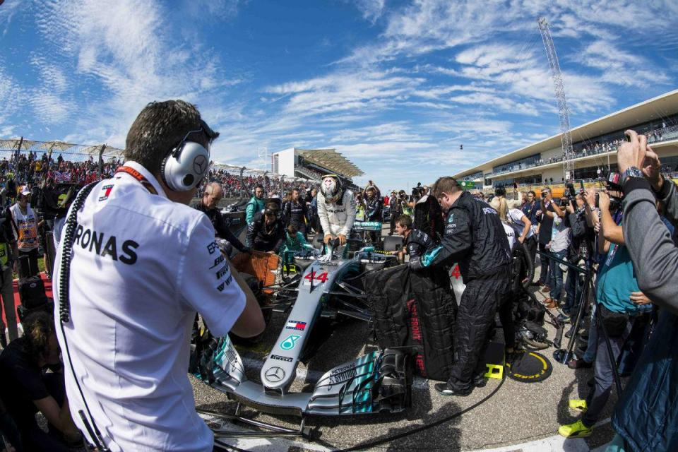 """Hamilton: """"Não vou estar cá quando houver 25 corridas, isso é garantido"""""""