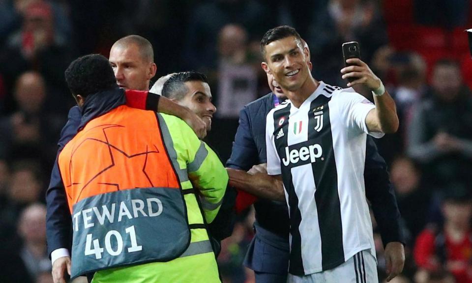 Ronaldo de regresso... a casa