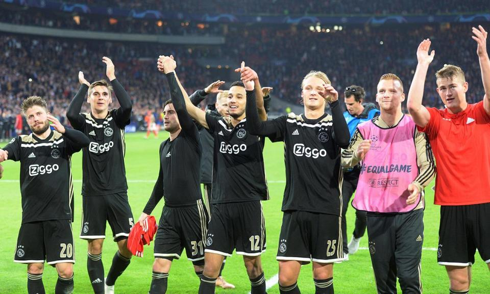 Atenção Benfica: Ajax segue em frente na Taça com golo de ex-Sporting