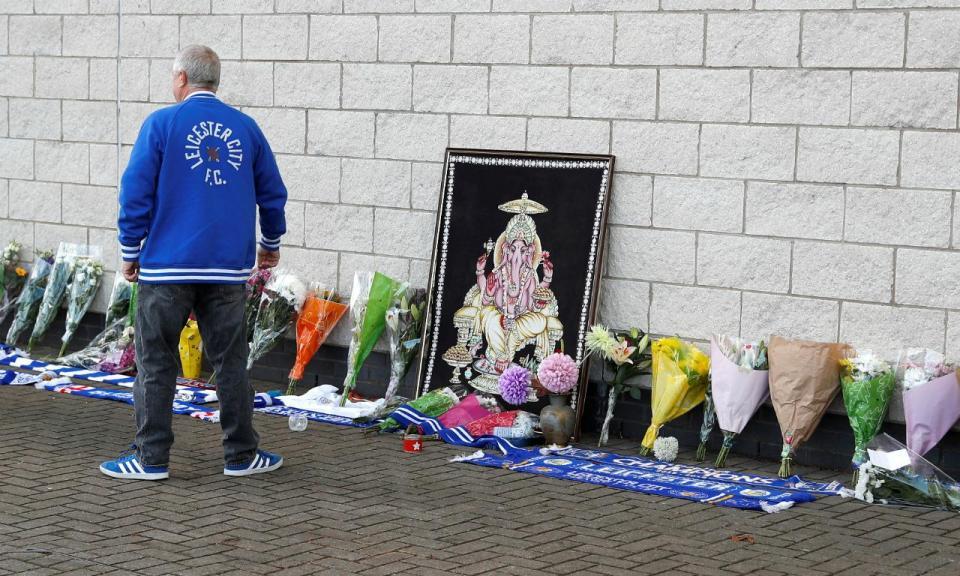 Leicester mantém data do jogo em Cardiff após morte do presidente