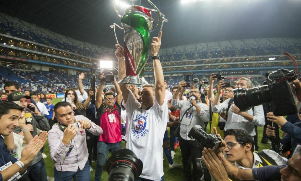 Cruz Azul, de Pedro Caixinha, conquista Taça do México