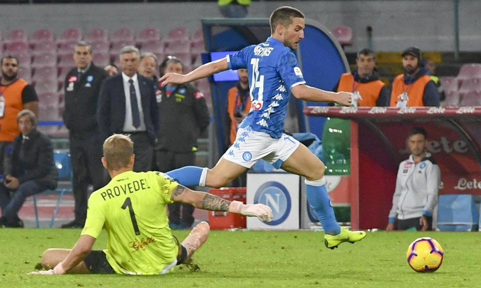 Itália: Nápoles vence com hat-trick de Mertens e sobe ao segundo lugar
