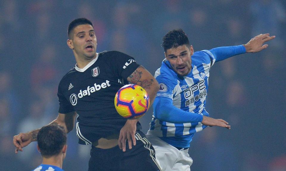 Huddersfield deixa último lugar para o Fulham