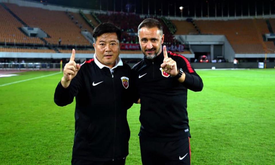 Vítor Pereira e o título: «Nome gravado no futebol chinês»