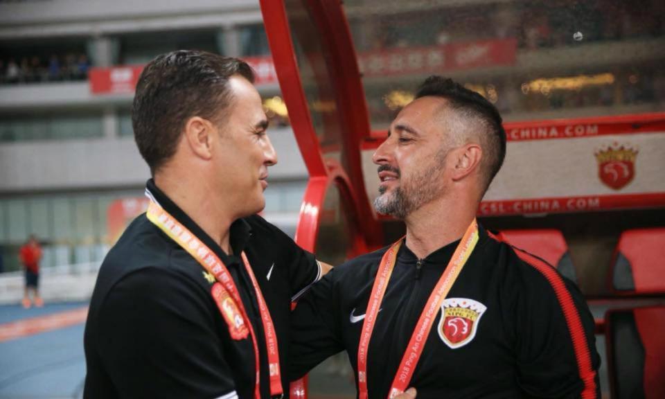 VÍDEO: Vítor Pereira inicia defesa do título com goleada na China