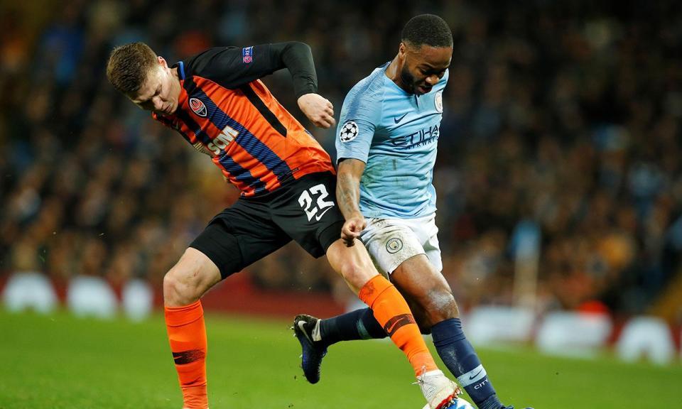 OFICIAL: Manchester City anuncia renovação de Sterling