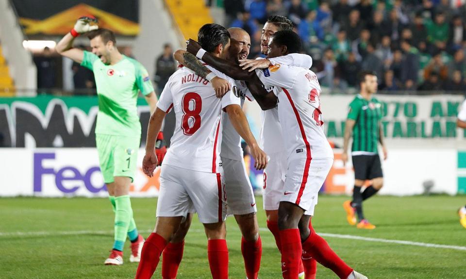Liga Europa: Sevilha de Daniel Carriço vence trio português