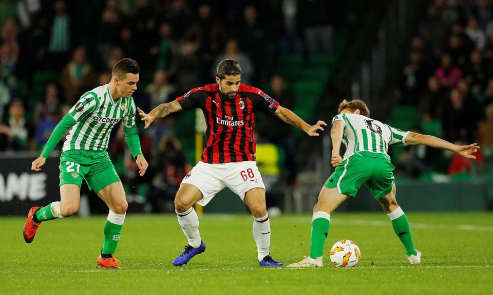 Liga Europa  Pedro Martins goleia e grupo épico com William líder ... cd61d1802f638