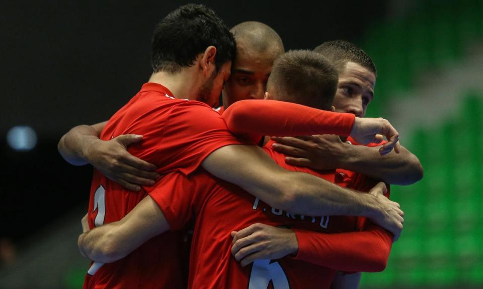 Taça da Liga de futsal: Benfica apura-se para as «meias» com goleada