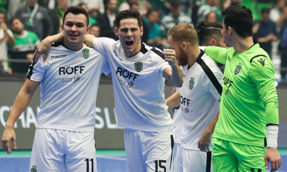 Futsal: guarda-redes do Sporting é candidato a melhor do mundo
