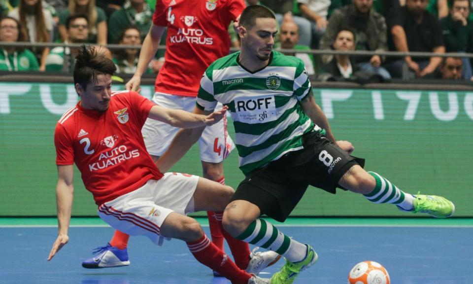 Futsal  Sporting empata com Benfica e garante final four ... 4202bbdd12be0