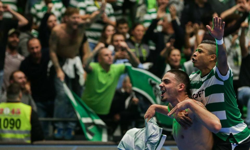 Futsal: Sporting bate Fundão (após duas mudanças de pavilhão)