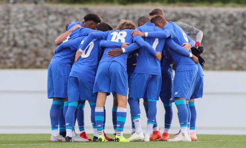 Juniores: FC Porto isola-se à condição