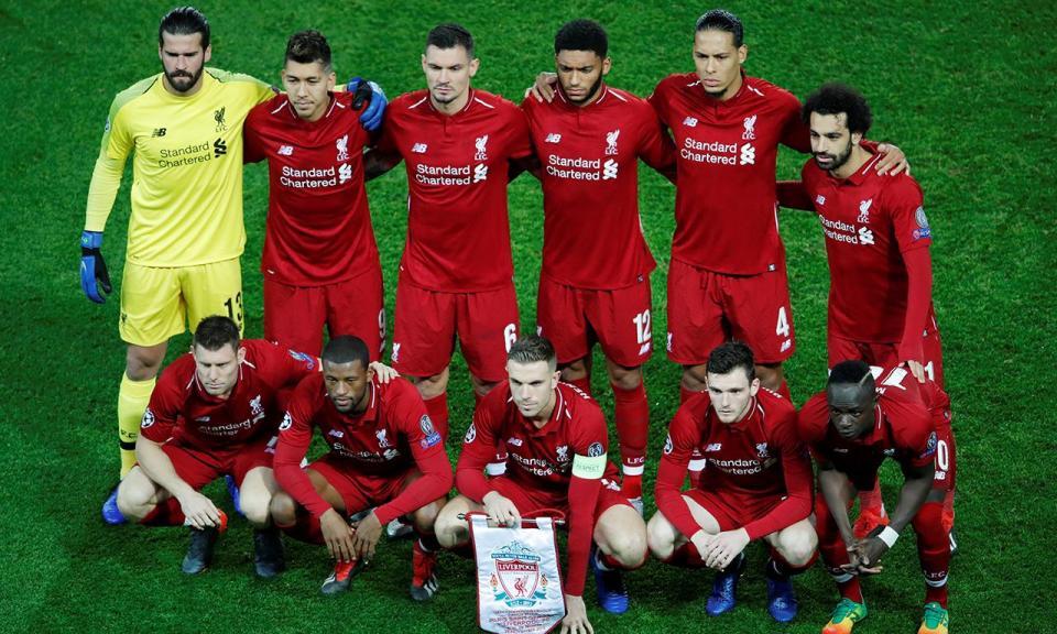 Inglaterra: defesa do Liverpool lesiona-se e só volta em 2019