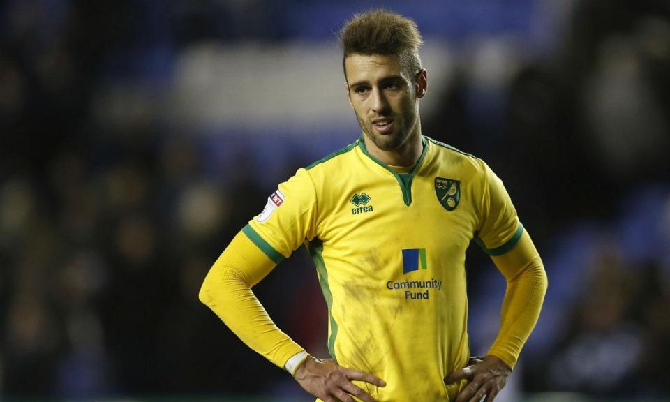 OFICIAL: Norwich anuncia saída de Ivo Pinto no final da época