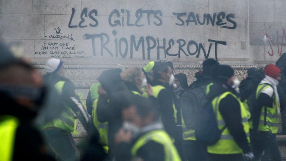 Liga francesa: mais um jogo adiado por causa dos «coletes amarelos»