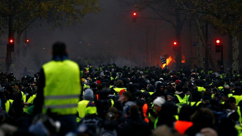França: Angers-Bordéus também é adiado por causa dos «coletes amarelos»