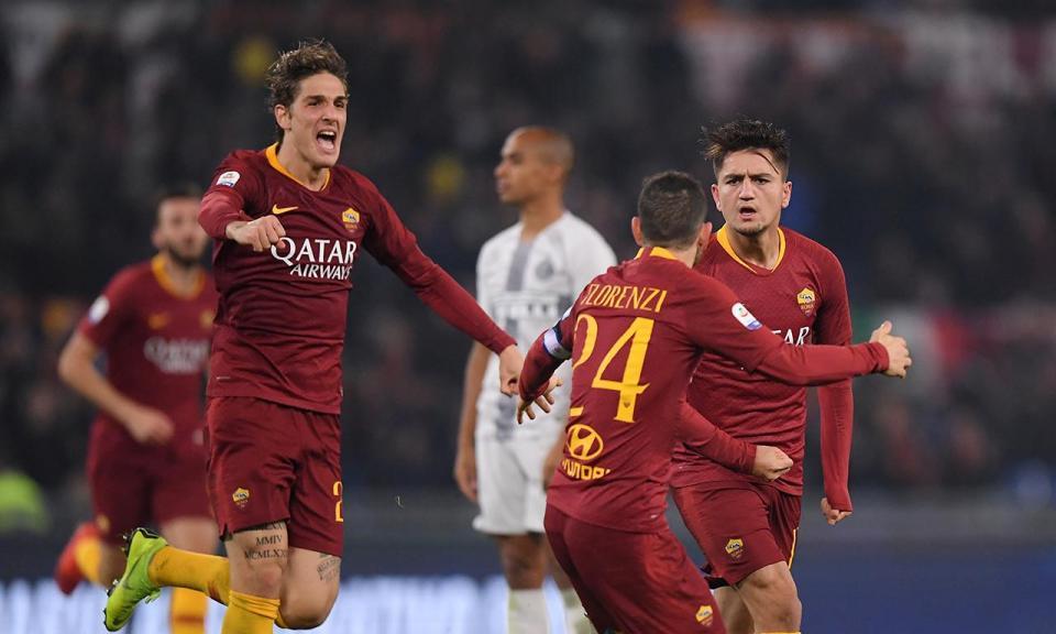 Ex-Benfica marca, mas Roma não vai além do empate em Cagliari