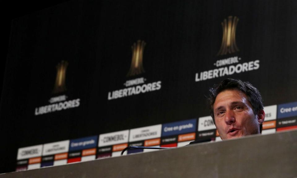 Barros Schelotto: «Dói-me que tenham tirado a final da América do Sul»