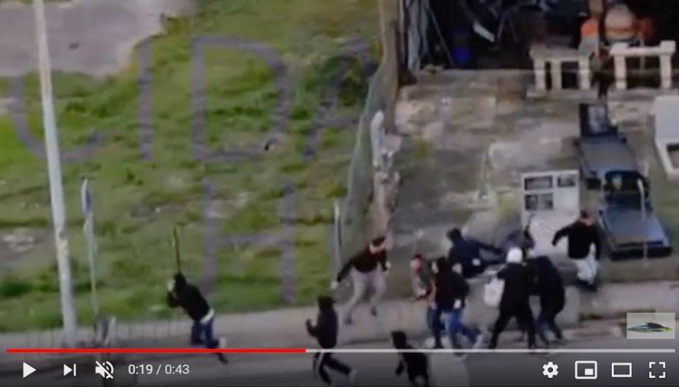 VÍDEO: polícia intervém após agressões antes do Famalicão-Leixões