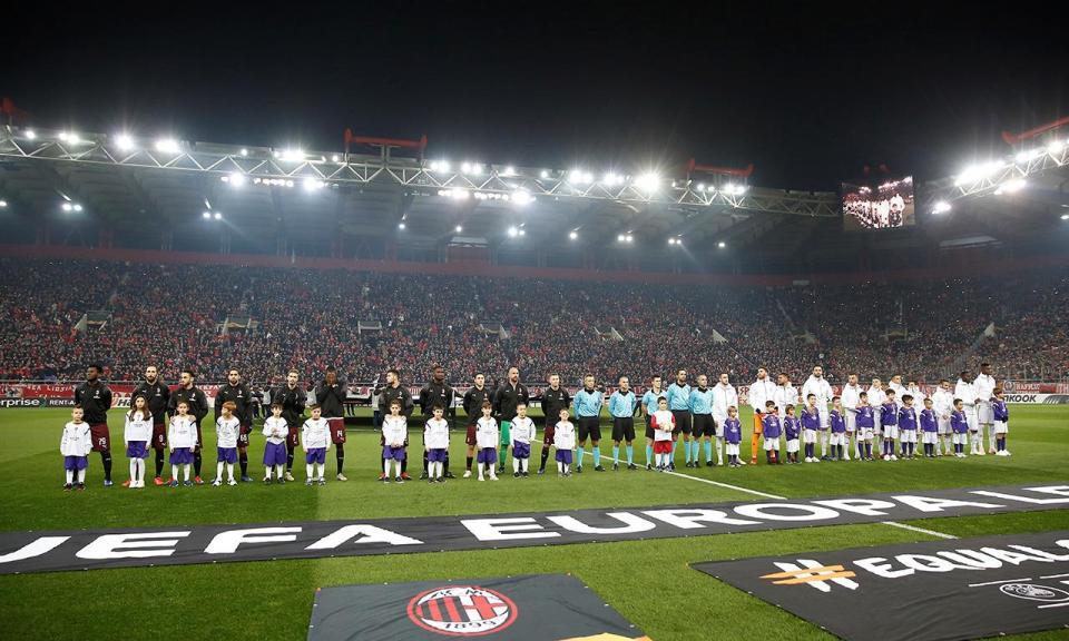 UEFA: um jogo à porta fechada para o Olympiakos, com pena suspensa
