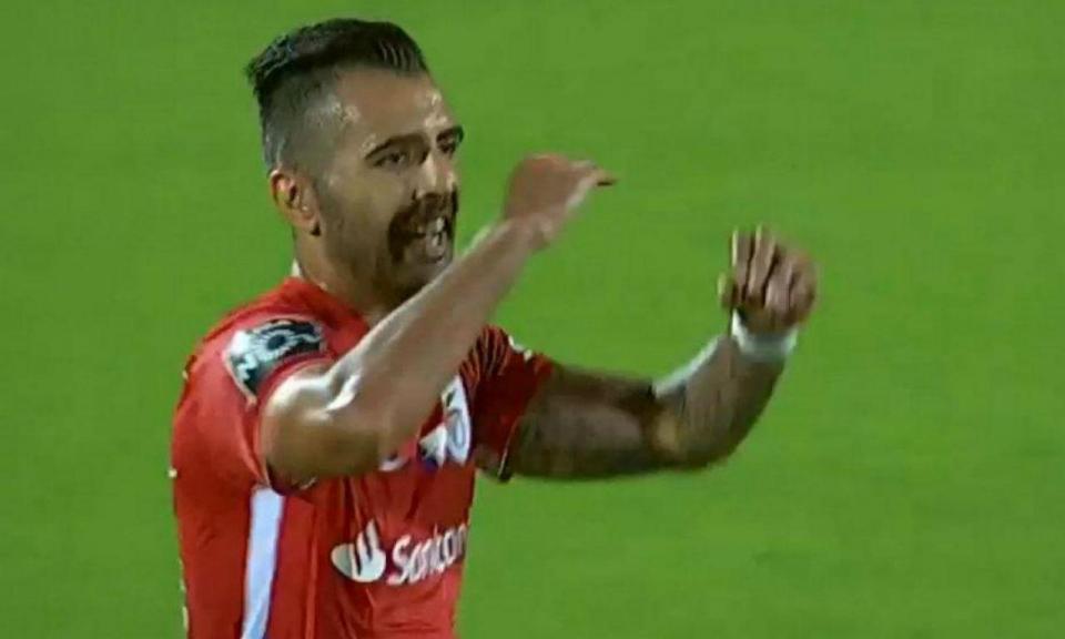 VÍDEO: VAR valida golo de Zé Manuel depois de assinalado fora de jogo