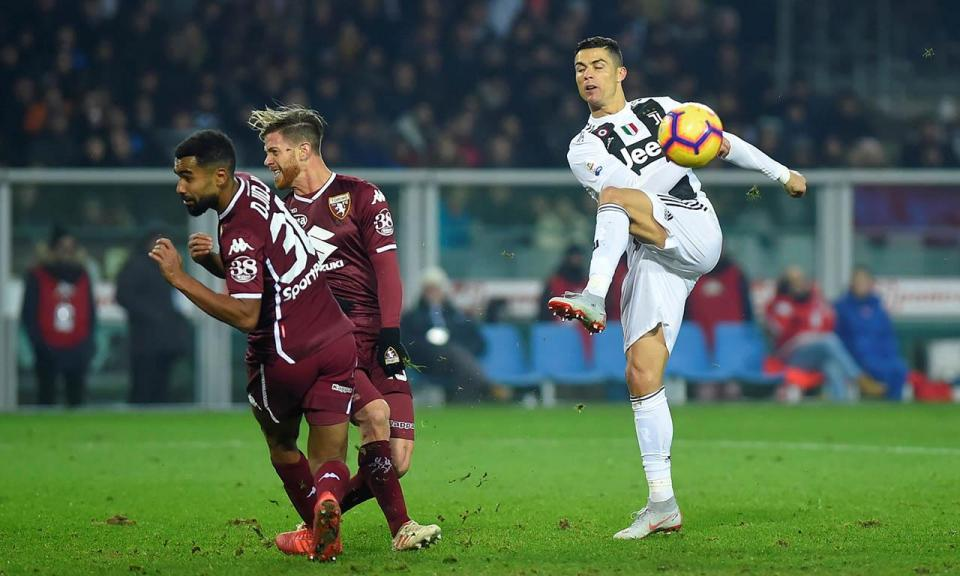 VÍDEO: será este um dos piores livres da carreira de Cristiano Ronaldo?
