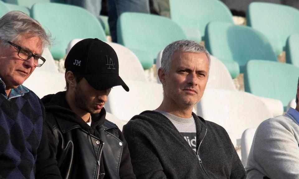 Mourinho recusa Benfica e vai continuar a treinar no estrangeiro