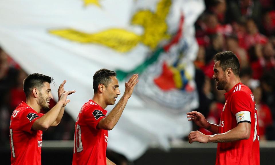 Benfica: Jonas e Ferreyra de fora dos convocados