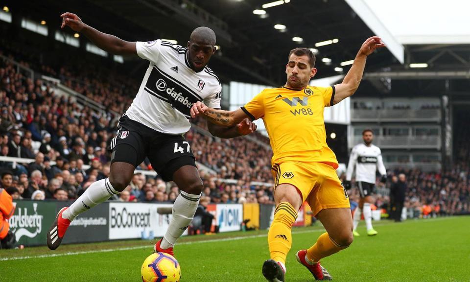 Avançado do Fulham detido por alegada agressão