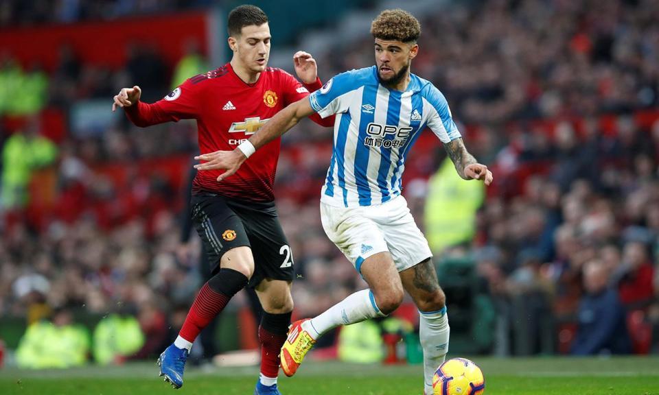 Huddersfield denuncia racismo contra jogador do clube