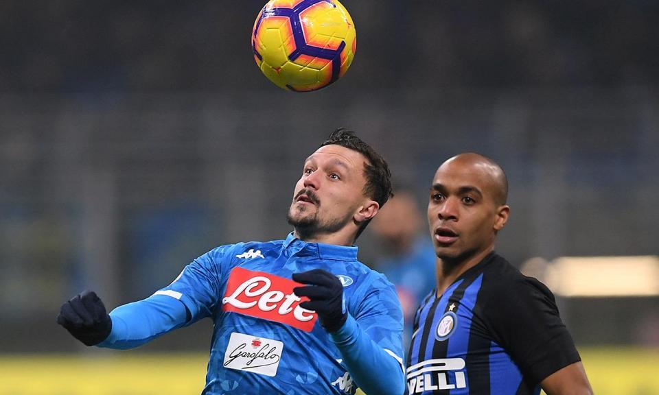Mário Rui riscado das opções do Nápoles para a Liga Europa