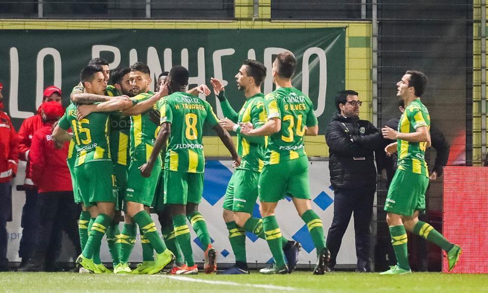 Tondela-Sporting, 2-1 (resultado final)