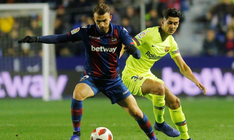 Taça do Rei: Nélson Semedo titular na derrota do Barça com o Levante