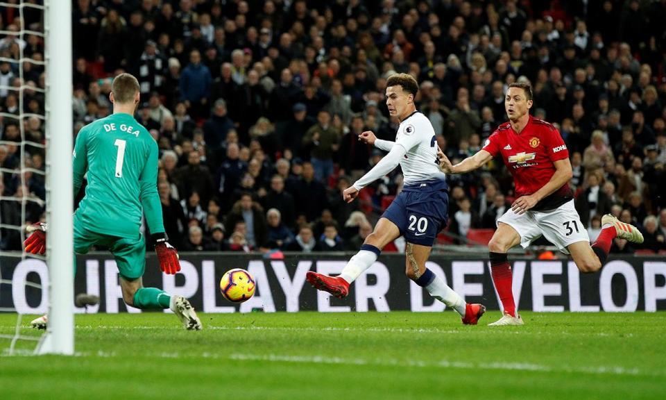 De Gea brilha e Man United de Dalot bate Tottenham em Wembley