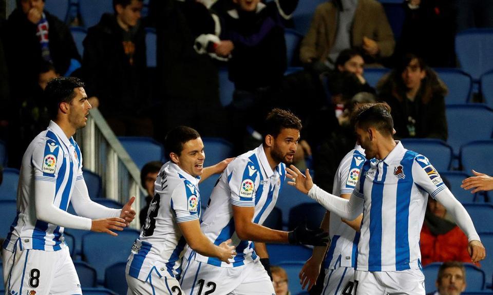 Ex-FC Porto marca, mas Rayo perde na Catalunha