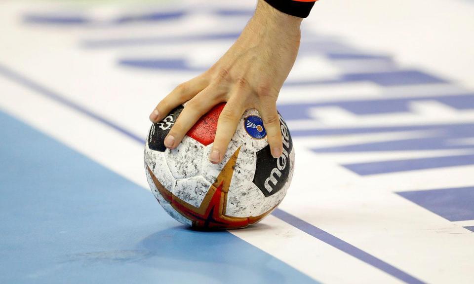Andebol: Madeira SAD perde Taça Challenge para CSM Bucareste