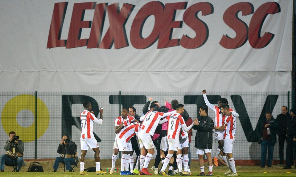II Liga: Benfica B derrotado em Matosinhos