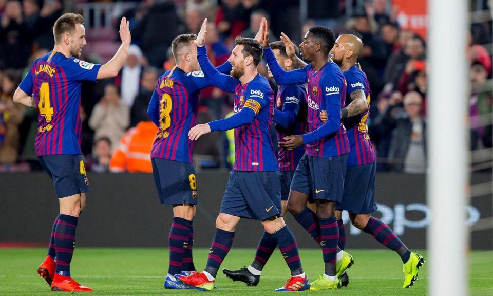 ab14646318 Valencianos queixam-se de utilização irregular de jogador dos catalães no  primeiro jogo e anuncia exposição para a federação