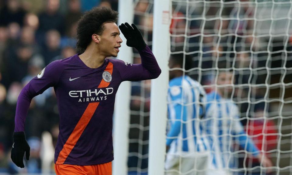 Bernardo salta do banco na sexta vitória seguida do Man City
