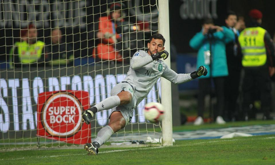 Sporting soma seis vitórias seguidas no desempate por penáltis
