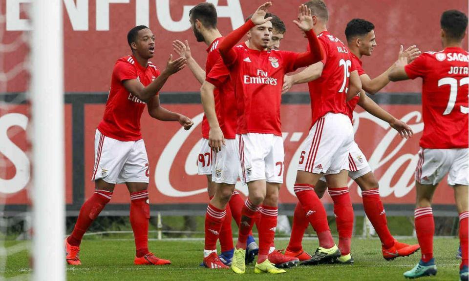 Benfica B regressa ao «pódio» com Corchia titular e «bis» de Willock