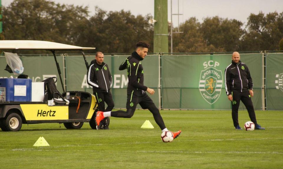 Sporting: Tiago Ilori falha Santa Clara por precaução