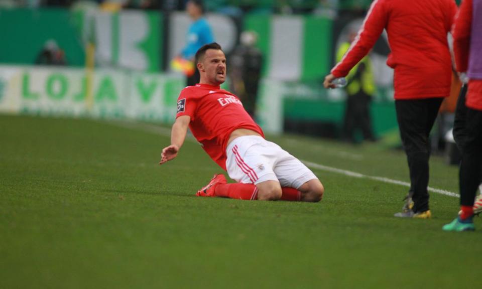 VÍDEO: Seferovic aumenta a vantagem do Benfica para 2-0