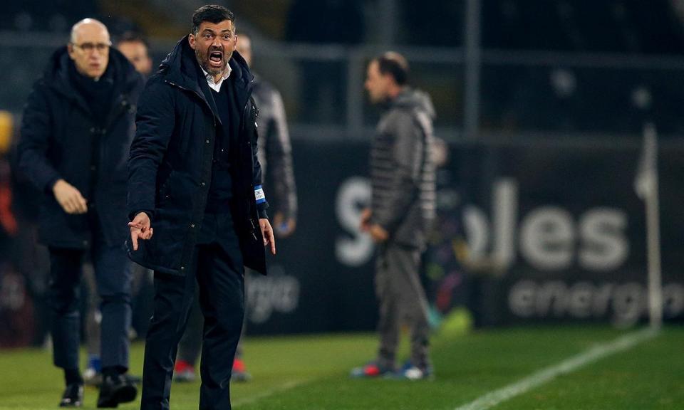 FC Porto: braçadeira dá nova multa a Sérgio Conceição