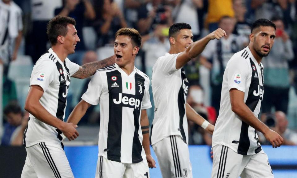 VÍDEO: Ronaldo marca pela Juventus com uma cabeçada